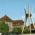 Pomnik na skwerze Leszka Białego przy ulicy Markwarta w Bydgoszczy